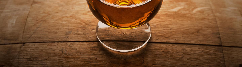 Embouteilleurs indépendants de rhum ≡ The Whisky Lodge